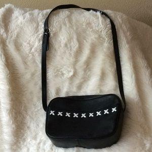 Leather Gianni Bernini Purse. excellent condition